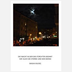 Postkarte: Die Nacht in der das Fürchten wohnt - Mond über Stadt